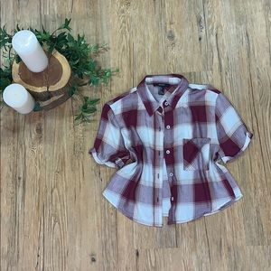 NWOT cropped plaid flannel tee